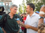 Paul meets the press - a reporter from Porto Canal interviews him about the race.
